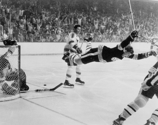 bobby_orr_in_mid-air_28197029